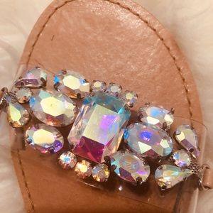 Steve Madden gorgeous flat sandal size 5.5